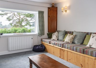 Knowehead Cottage - Living Room